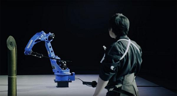 Robot vs Samurai
