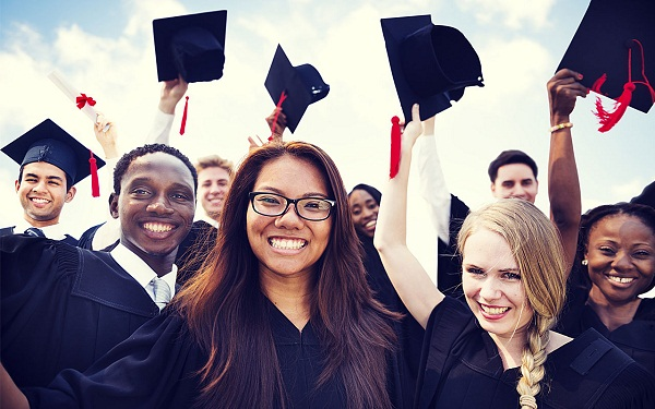 College Tech Majors That Will Land You a Good Job After Graduation