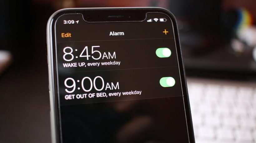 How to wake up with music